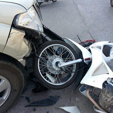 ¿Qué hacer ante un accidente de moto?