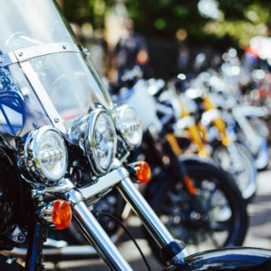 ¿Cuáles son las diferencias entre motos y ciclomotores?