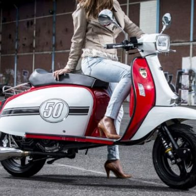 ¿Cómo son los seguros de moto a todo riesgo?