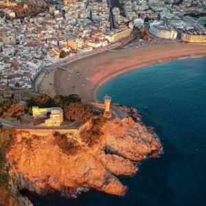 Alquiler coche para rutas por carreteras en España