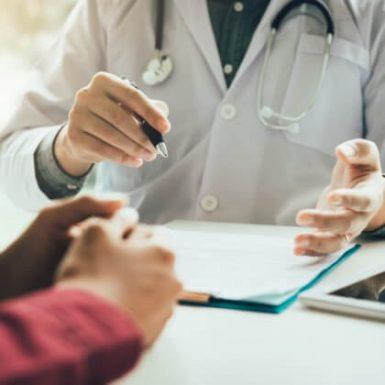 El precio del seguro de salud puede aumentar hasta un 103% según el lugar de residencia