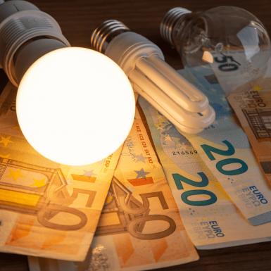 Subida del precio de la luz: así afecta la bajada de impuestos en la factura