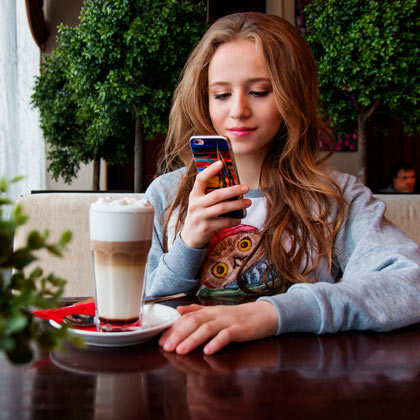 f632a4116e8 Hasta hace poco las llamadas desde el teléfono móvil eran bastante caras y  navegar por Internet no se presentaba como una opción precisamente  económica.