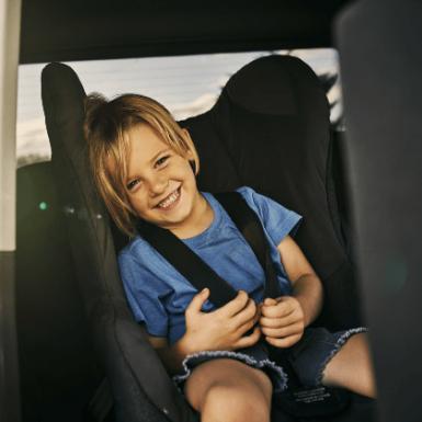 Sistemas de retención infantil para el coche: qué son, cuánto cuestan y cómo elegir el adecuado